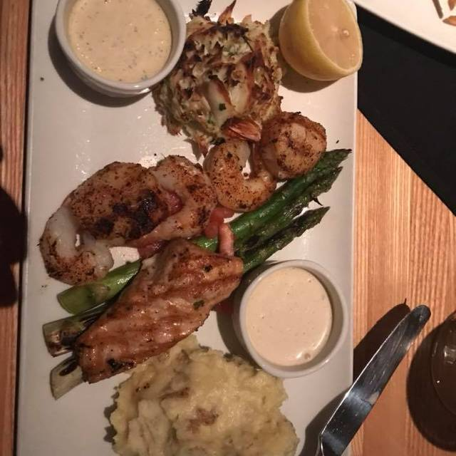Bristol Seafood Grill – Downtown KC, Mo, Kansas City, MO