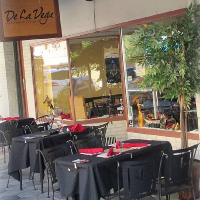 De La Vega Restaurante Y Galeria, Deland, FL