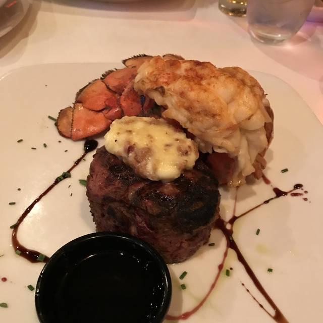 Strip Steakhouse, Avon, OH