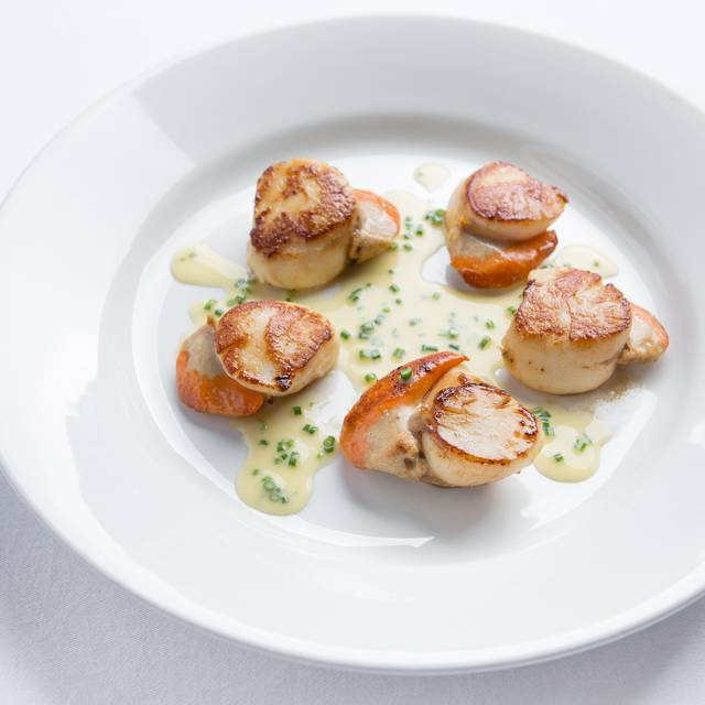 Neil Forbes Cafe St Honore Scallops Chive Sauce (credit- Paul Johnston - Copper Mango) - Café St Honoré, Edinburgh