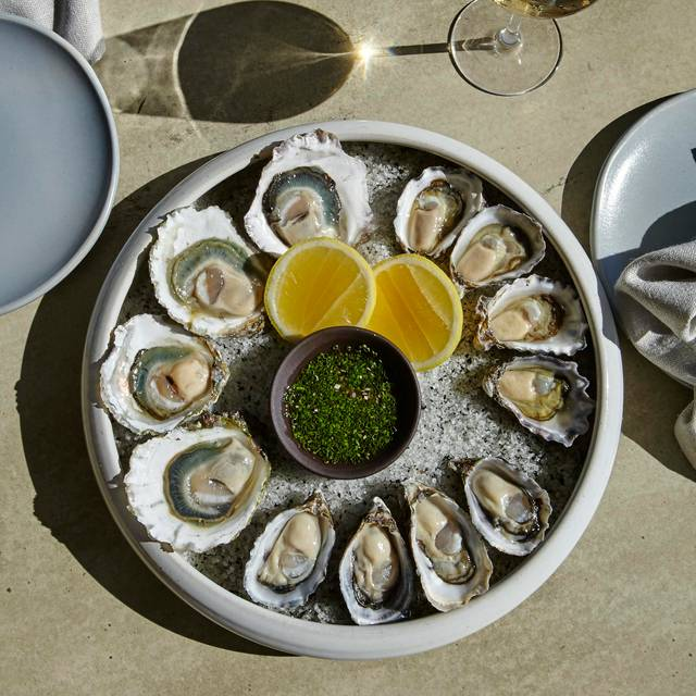 Oyster Selection - Cirrus Dining, Barangaroo, AU-NSW