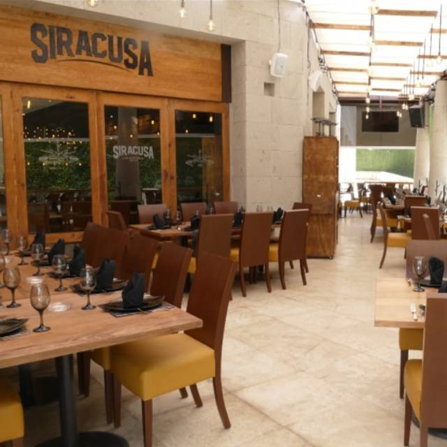 Siracusa Restaurante - Siracusa - Zona Esmeralda, Ciudad López Mateos, MEX