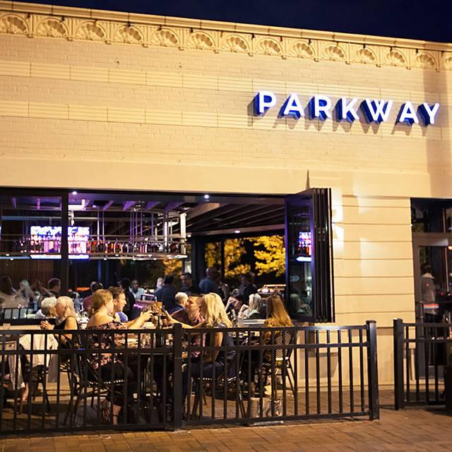Parkway: Social Kitchen, Kansas City, MO