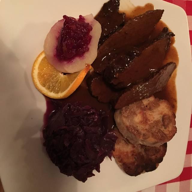Restaurant 'Grüezi' - Schweizer Speisen im Stadtpark Steglit, Berlin