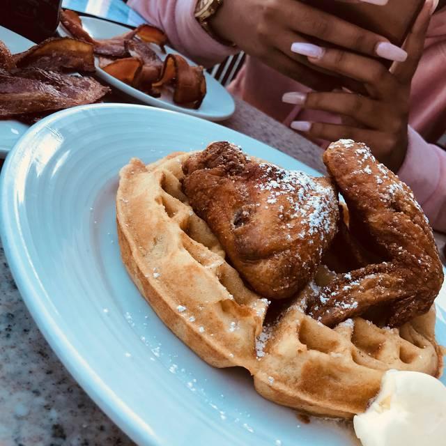 Creme Restaurant & Bar, Washington, DC