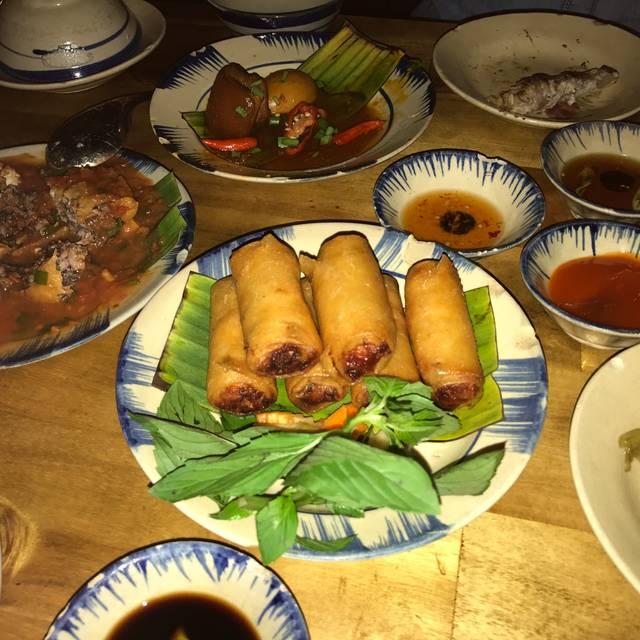 Fungo Dining 西新宿, 新宿区, 東京都