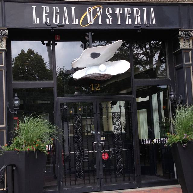 Exterior - Legal Oysteria, Charlestown, MA