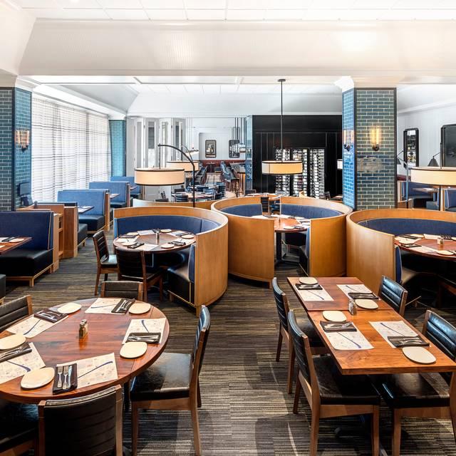 Dining Room - Legal Sea Foods - Peabody, Peabody, MA