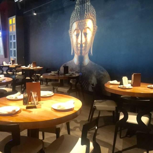 Wokcano culver city restaurant culver city ca opentable for California fish grill culver city ca