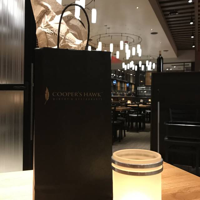 Cooper's Hawk Winery & Restaurant - St. Charles, St. Charles, IL