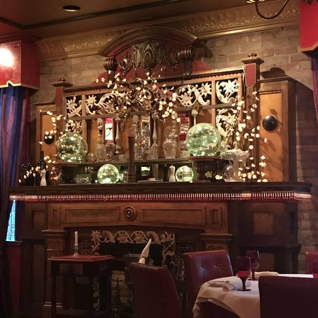 The Tavern, Libertyville, IL