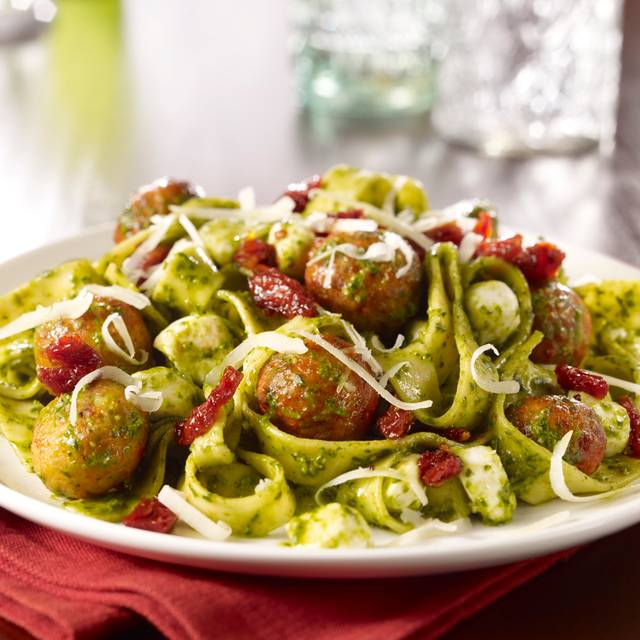 Pesto Perlini Fettuccine - Maggiano's - Durham, Durham, NC