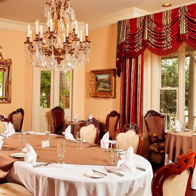 Dining Room - Restaurant506 at The Sanford House, Arlington, TX