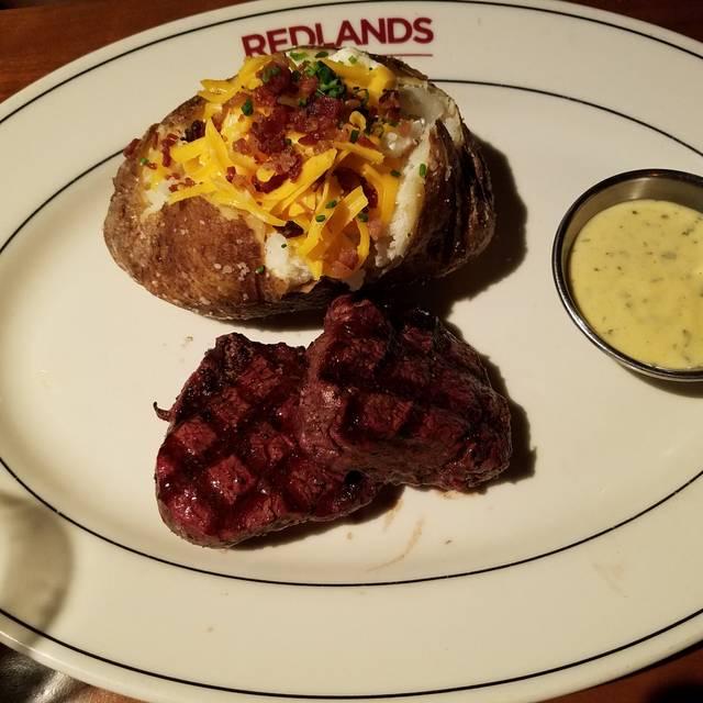 J. Alexander's - Redlands Grill - Cincinnati, Cincinnati, OH