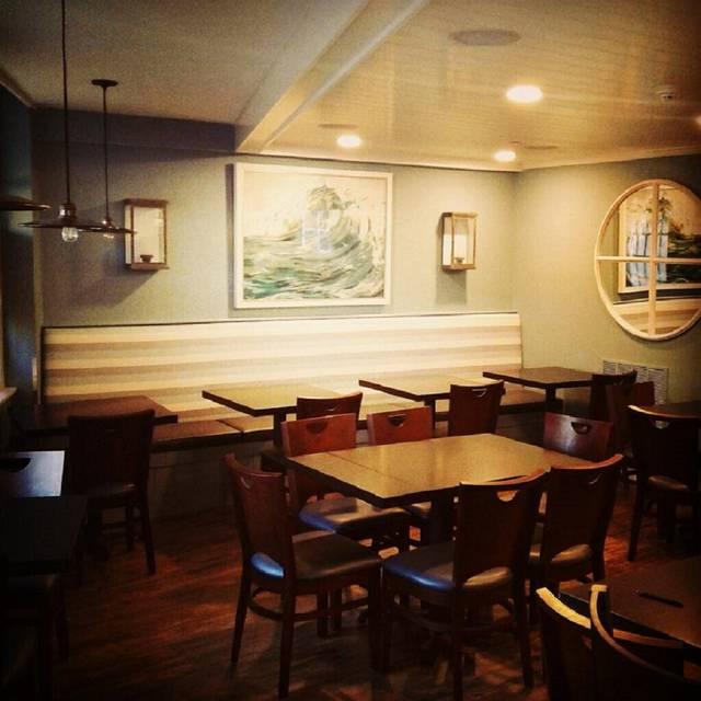 West Row Cafe & Bar, Newburyport, MA