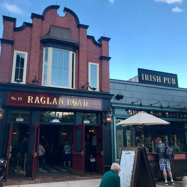 Raglan Road Irish Pub, Lake Buena Vista, FL