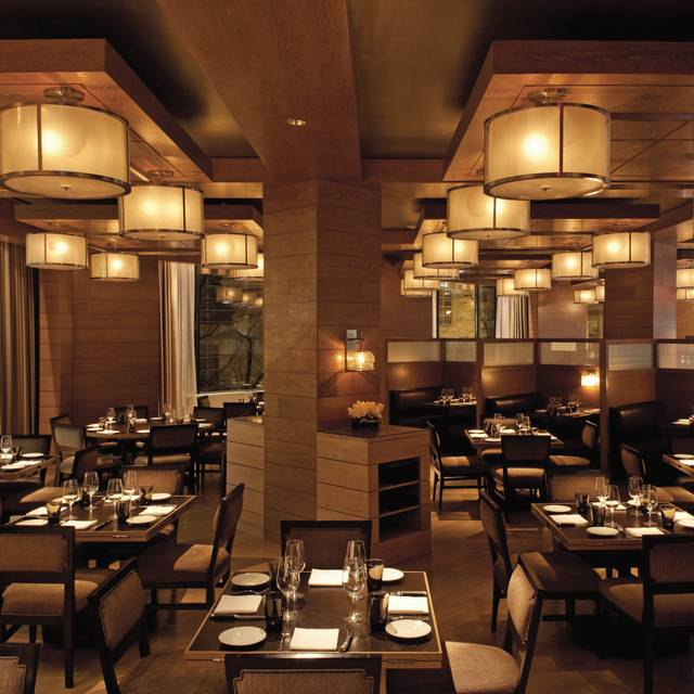 Bourbon steak four seasons washington dc restaurant washington dc opentable - Table restaurant washington dc ...
