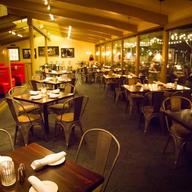Whiskey Red's - Marina Del Rey, Marina Del Rey, CA