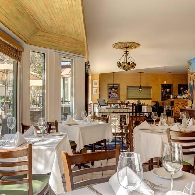 Bijou Restaurant & Bar, Hayward, CA
