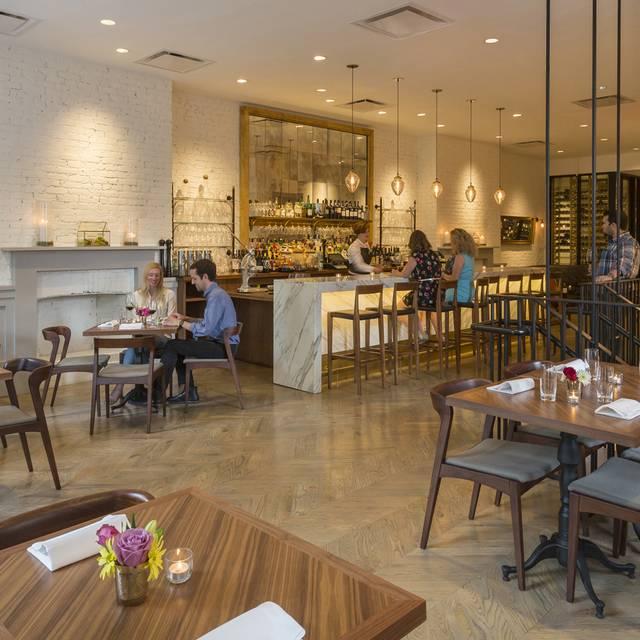 Salon by sucre restaurant new orleans la opentable for Orleans salon