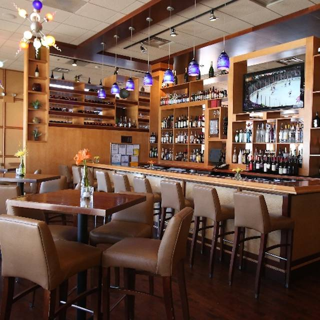 Catch 35 Naperville Restaurant Naperville Il Opentable
