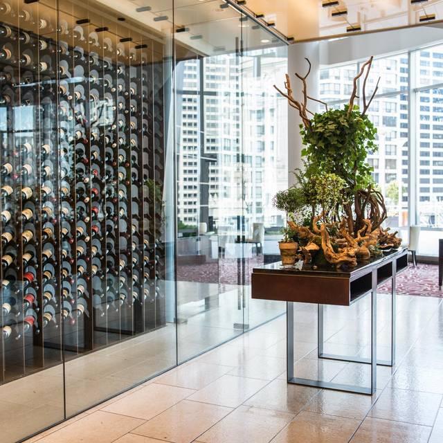 Sixteen - Trump Hotel Chicago, Chicago, IL
