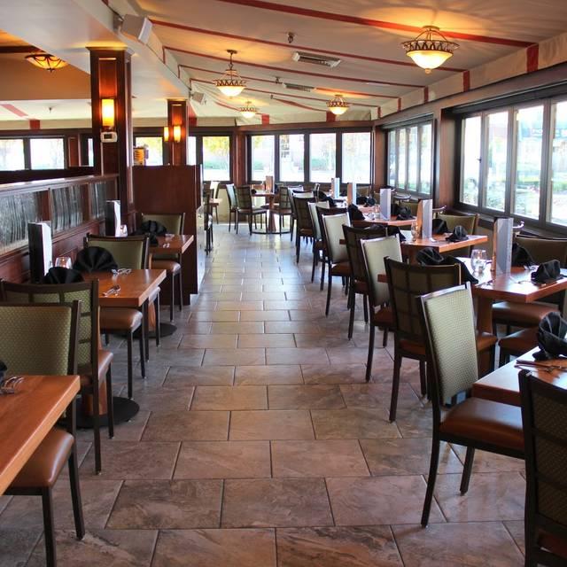 Cafe Escadrille Bar Menu