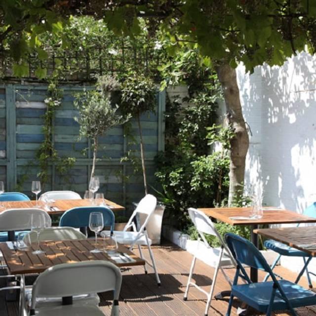 Mazi Restaurant, London