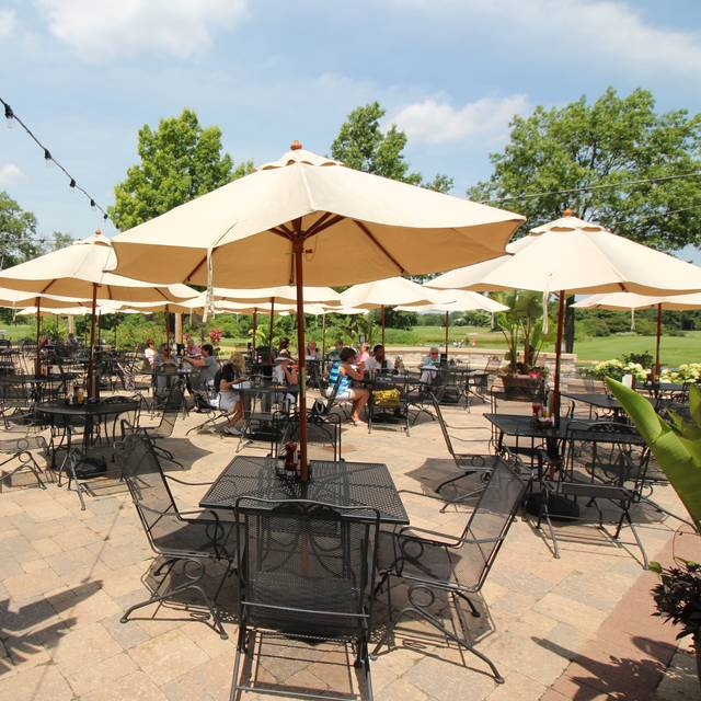Patio - Reserve 22, Glen Ellyn, IL