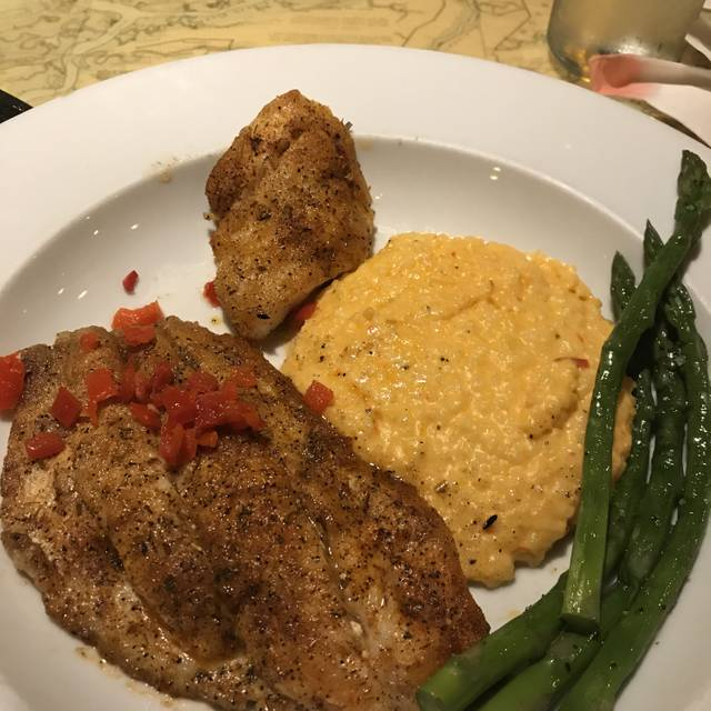 Fleet Landing Restaurant & Bar, Charleston, SC