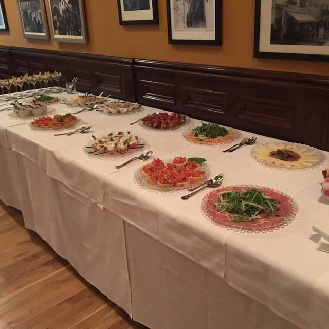 Capri Italian Restaurant - Indianapolis, Indianapolis, IN