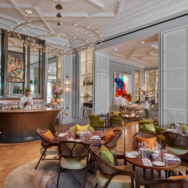 Rosebery Lounge At Mandarin Oriental Hyde Park, London  - The Rosebery, London
