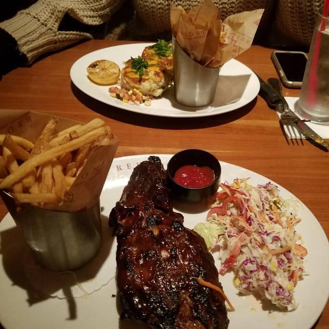 Redstone American Grill - Oakbrook Terrace, Oakbrook Terrace, IL