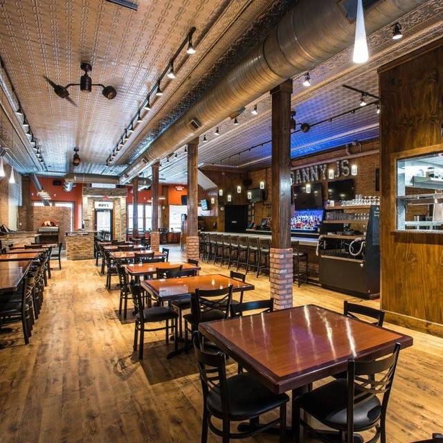 Danny J's Brick Tavern, Utica, MI