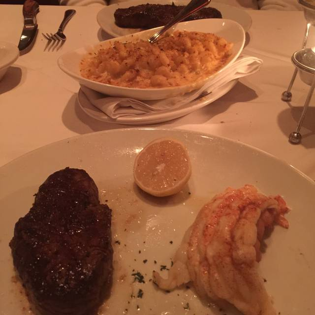 Fleming's Steakhouse - Dayton, Dayton, OH