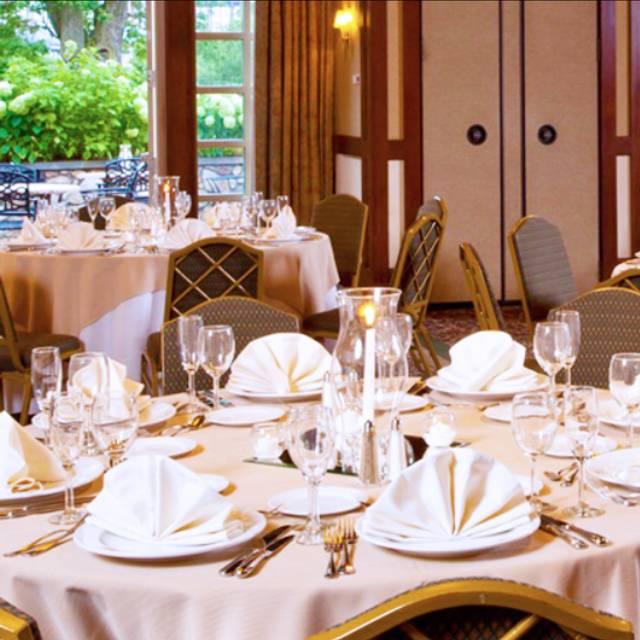 Beechwood Weddings - Brunch at the Beechwood Hotel, Worcester, MA