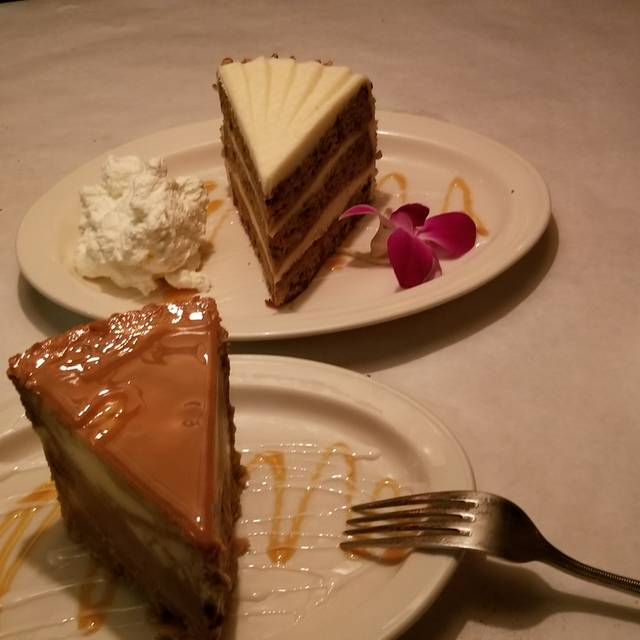Charley's Steak House and Seafood Grille - Kissimmee, FL, Kissimmee, FL