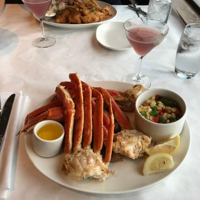Cutters Crabhouse, Seattle, WA