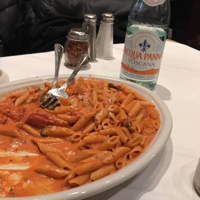 Carmine's - 44th Street - NYC, New York, NY