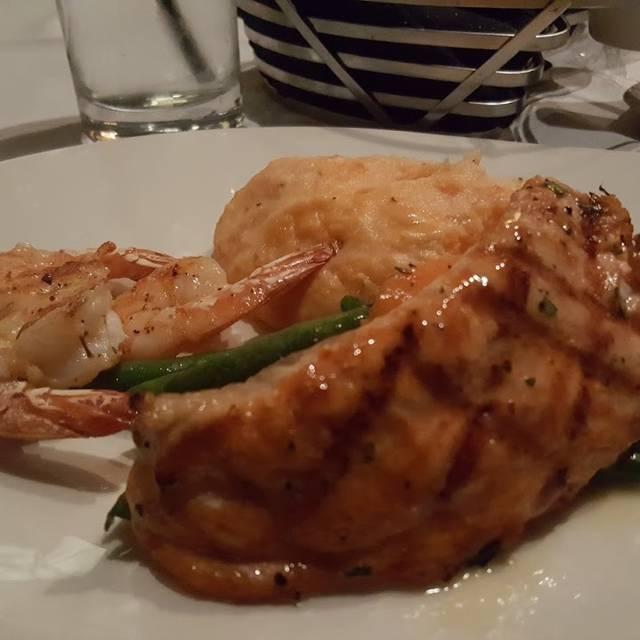 McCormick & Schmick's Seafood - Washington DC (K Street), Washington, DC