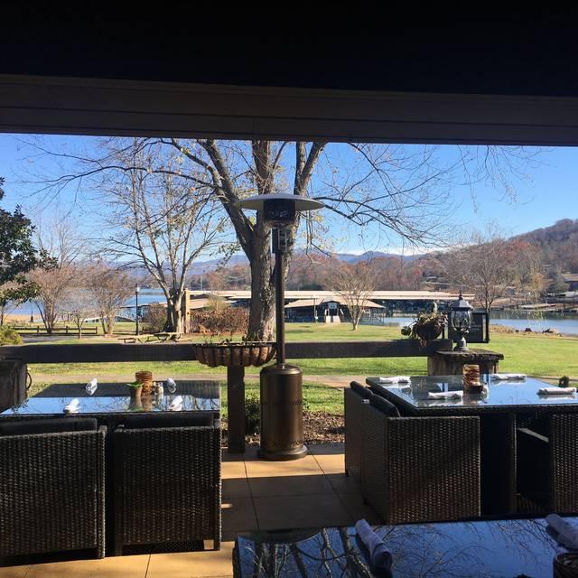 The Oaks Lakeside Kitchen Menu