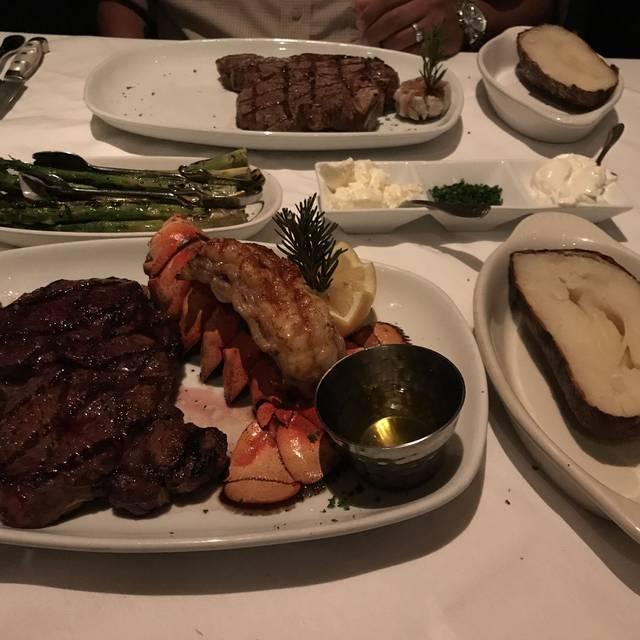 Larsen's Steakhouse - Valencia, Valencia, CA