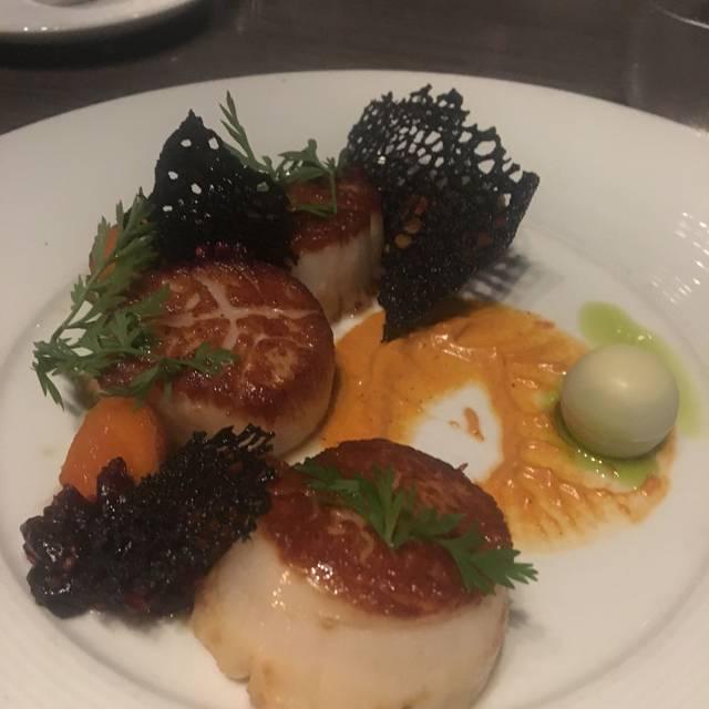 Dumpling Soup Woolworths Languageen: Bistro 82 Restaurant - Royal Oak, MI