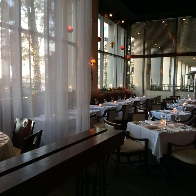 M Restaurant, Columbus, OH