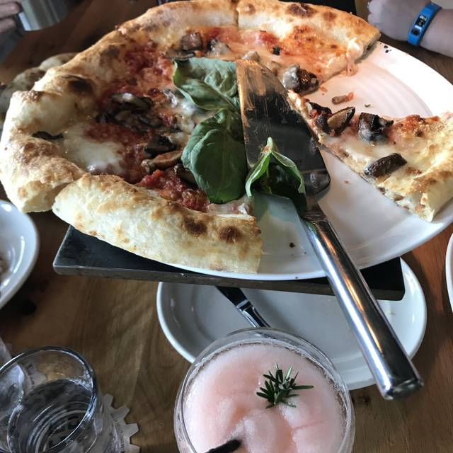 Pie Tap Pizza Workshop + Bar - Design District, Dallas, TX