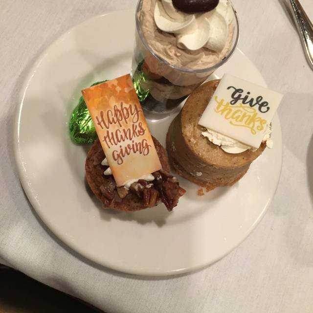 Lakeside Bar + Grill, Celebration, FL
