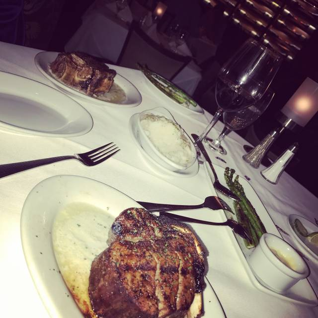 Ruth's Chris Steak House - Beverly Hills, Beverly Hills, CA
