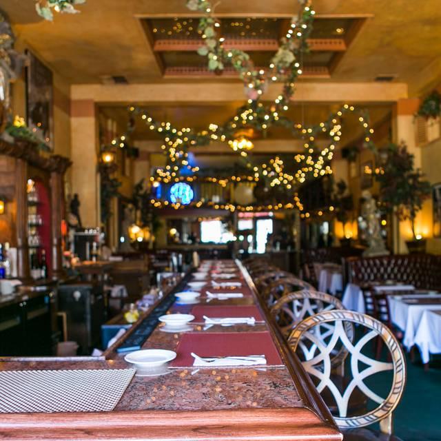 Chase Restaurant Bar & Grill, Santa Barbara, CA
