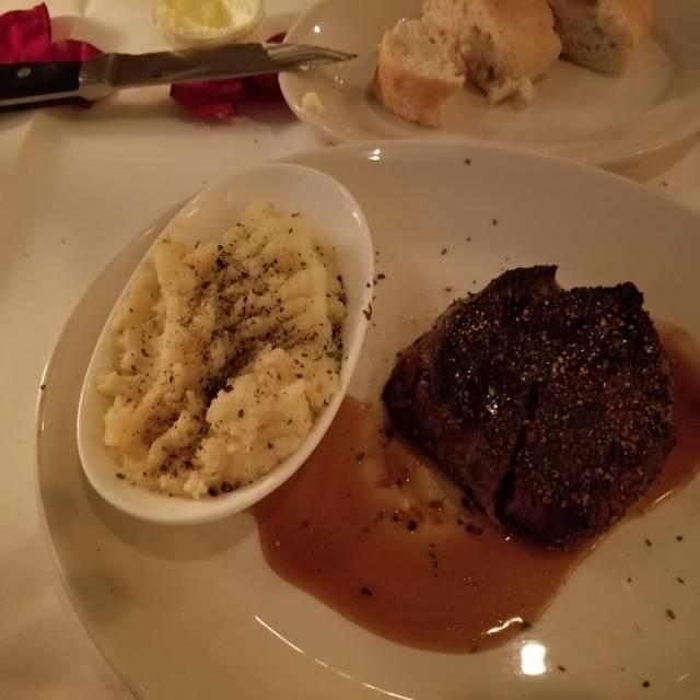 Sullivan's Steakhouse - Tucson, Tucson, AZ