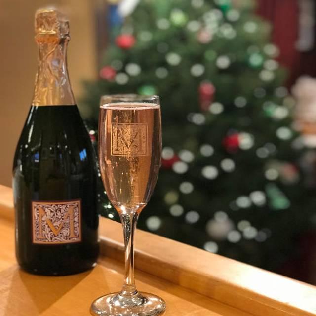 Sparkling Happy Hour! - Mayo Reserve Room - Mayo Family Winery, Kenwood, CA